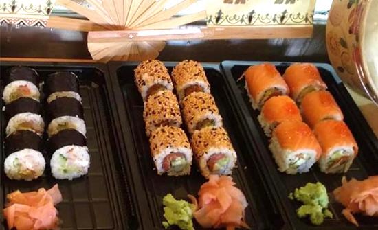 plastik sushi kapları